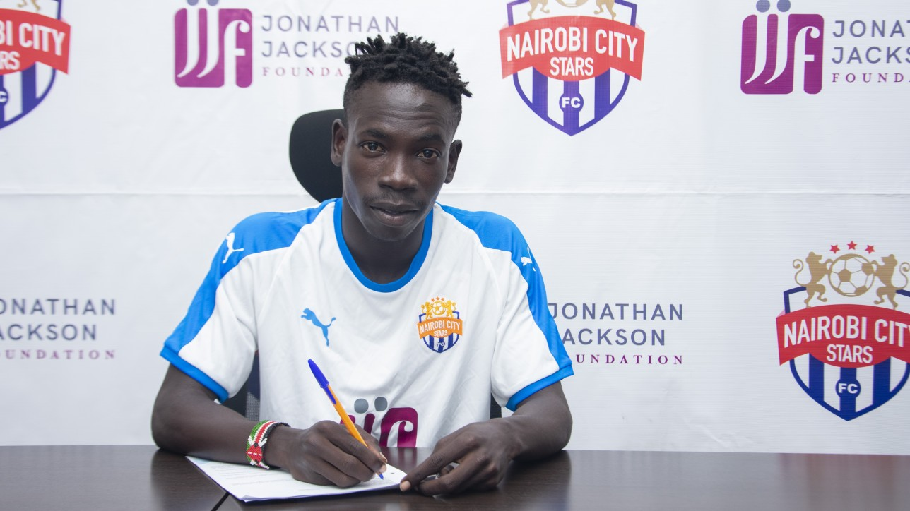 Rogers Okumu pens up a two-year deal at Nairobi City Stars